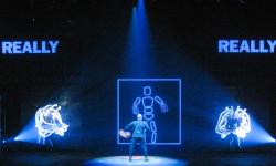 Blue_Man_Group_Amazing_Industries_09