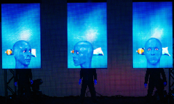 Blue_Man_Group_Amazing_Industries_10