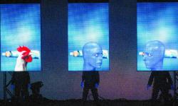 Blue_Man_Group_Amazing_Industries_11