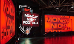 Monday_Night_Football_2017_Commercial_Amazing_Industries_01
